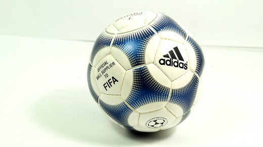 Adidas Terrestra Fußball Gr. 3 (replica)